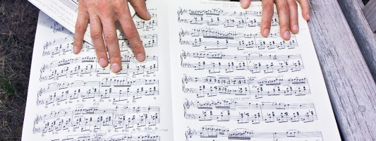 Learning the score without the piano.