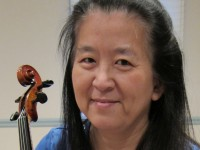 Wendy_Cheng_and_her_viola