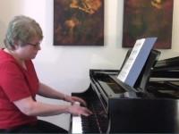 Joyce_Morton_piano