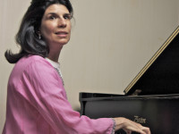 Nancy_Williams_piano